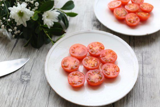 ミニトマトの切り方