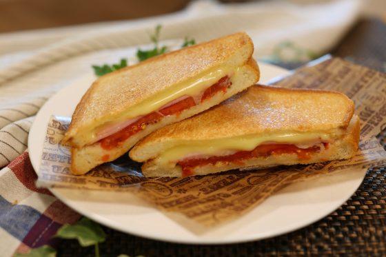 パニーニ レシピ 作り方 フライパン