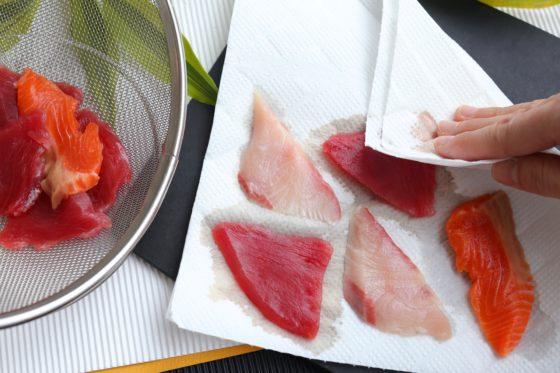 刺身の美味しい食べ方 洗う 日本酒と塩をまぶす