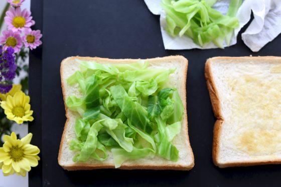 サラダチキンサンドイッチの作り方