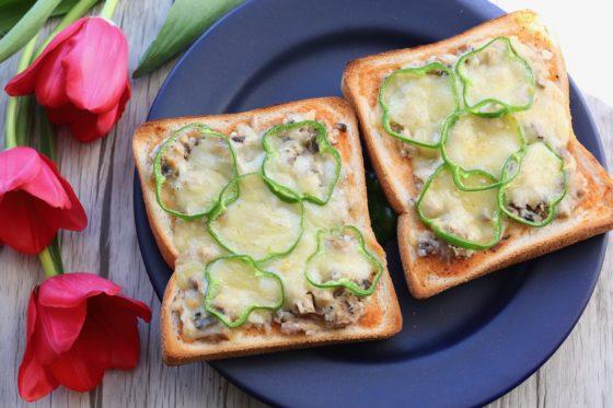 鯖缶トーストのレシピ