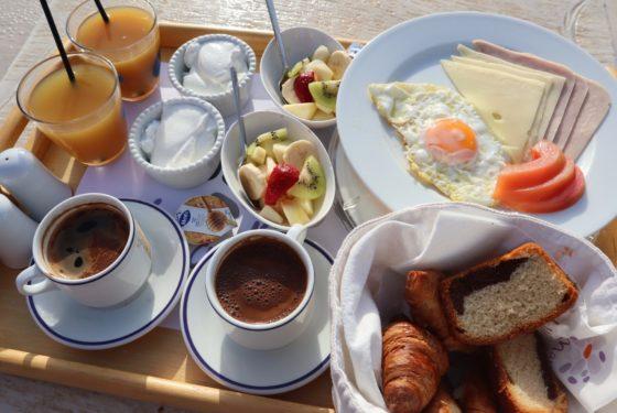 ギリシャの朝食
