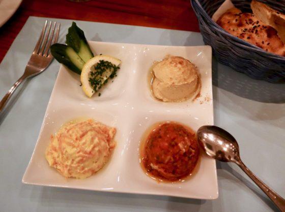 東京・阿佐ヶ谷のトルコ料理店「イズミル」のメゼ