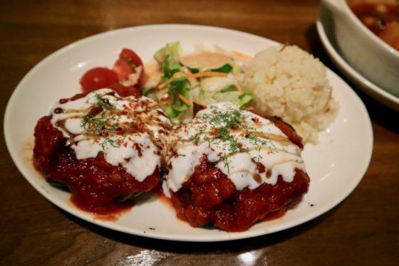 日本のトルコ料理店のキョフテ