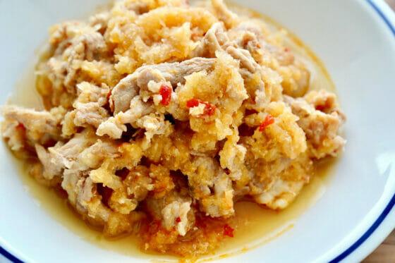 豚肉と大根おろしのレンジレシピ。超簡単!豚こまのピリ辛さっぱりおかず