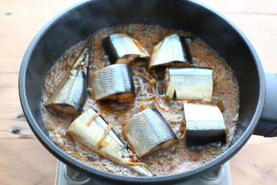 煮汁が少なくなったさんまの生姜煮